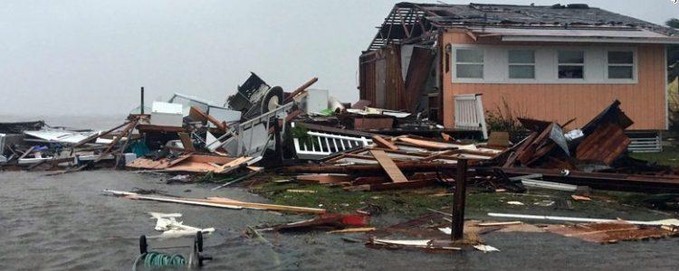 170826112915-13-hurricane-harvey-0826-rockport-exlarge-169